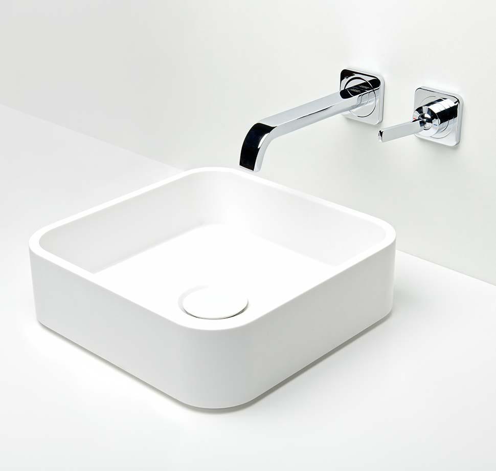 Vasque Square en Corian® Glacier White